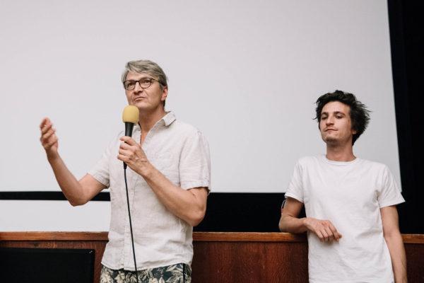 Foto: Tomáš Hejzlar, diskuze k filmu Po  strništi bos, svěr