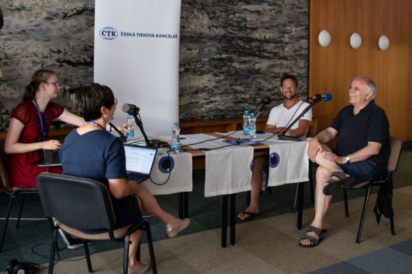 ČTK na Letní filmové škole natočila podcast. Hosty byli zleva: